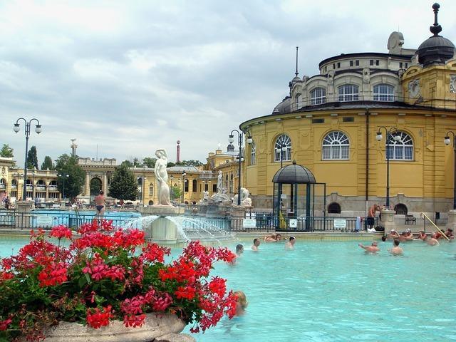Lázně Széchenyi v Budapešti